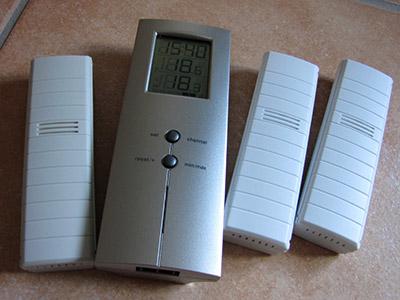 Kühlschrank Thermometer Funk : Digitales thermometer mit funksensoren wohnmobil forum seite